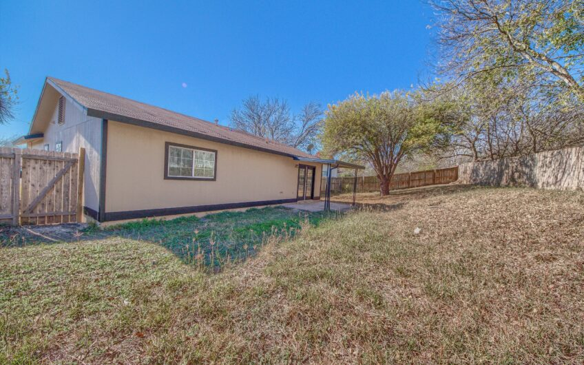802 Little Angel Cv San Antonio, TX 78245